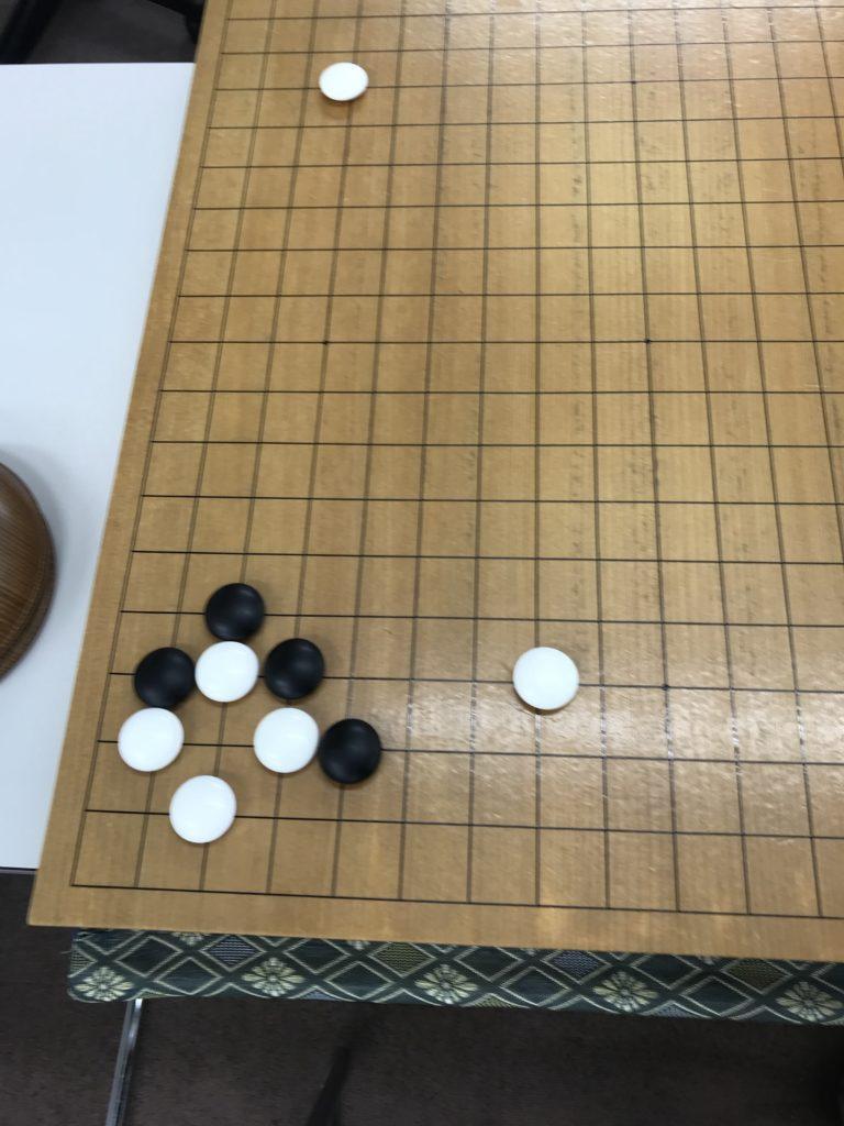 棋譜の碁石の流れ